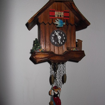 goofy little no name pendulette clock - Clocks