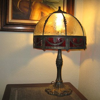 Unknown lamp/would like to know maker , age, and value. Thanks in advance.