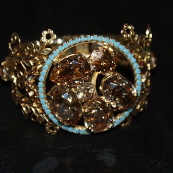 Help, Please:  Unknown Clamper Bracelet