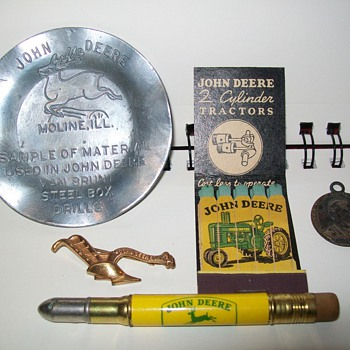 John Deere items - Advertising