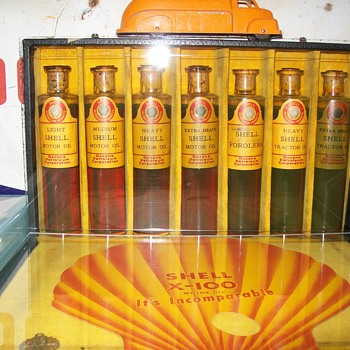 1928 Shell oil Co. oil sample set