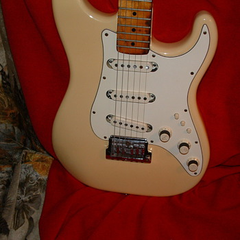 this is my 1983 stratacaster elite. made 2 years,only3000 made - Guitars