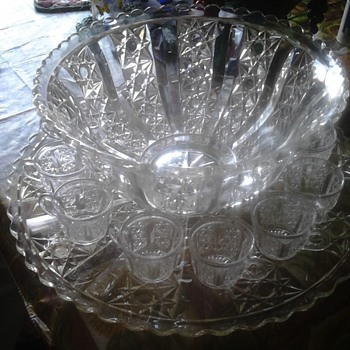 large punch bowl - Glassware