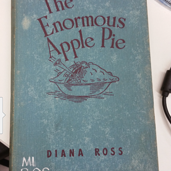 The enormous apple pie