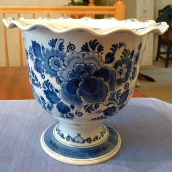Delft Zenith Vase