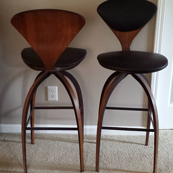 Midcentury modern bar stool pair