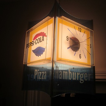 Very Rare Pesi Cola Lantern Rotating Diner Clock New In the Box - Clocks