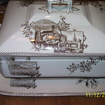 Johnson Brothers Dartmouth tureen - China and Dinnerware
