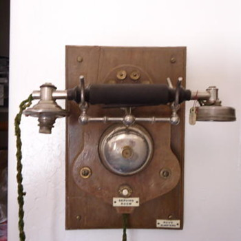 LM Ericsonn circa 1895 business phone - Telephones