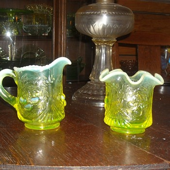 Vaseline Glass Sugar and Creamer Set