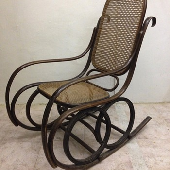 Bentwood rocking chair - Furniture