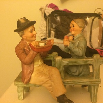 Help identifying - Figurines