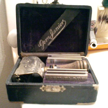 Antique GEM Shaving Razor Set dated August 28, 1900-1901