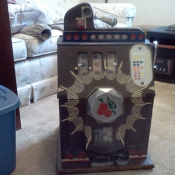 My Dad's 1910 nickel slot machine