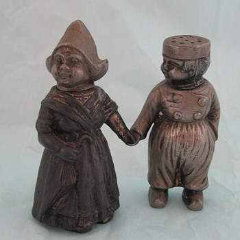 Antique Matthew West M.W. S.S. E.P. Dutch Girl & Boy Salt & Pepper Shakers