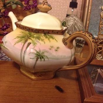 Vintage Nippon Teapot