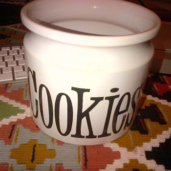 T.G. Green Ltd. Cookie jar.
