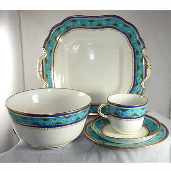 "Christopher Dresser ""Cloisonne Ware"" Porcelain Tea & Coffee Set for Minton, circa 1867 - Victorian Era"