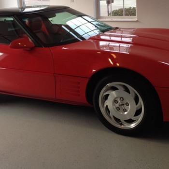 1993 Corvette Anniversary Edition - Classic Cars