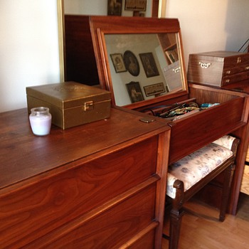 John Widdicomb Grand Rapids Danish Modern Bedroom Furniture Dressers and Nightstands  - Furniture