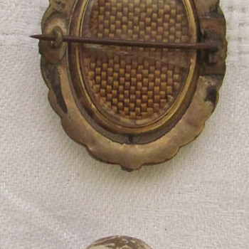 Victorian American Mourning Brooch &amp; Civil War &#039;Shot&#039; - Military and Wartime