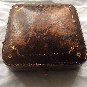 Antique small jewellery box