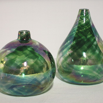 2-Green Irridescent parfum bottle,Circa 20 Century