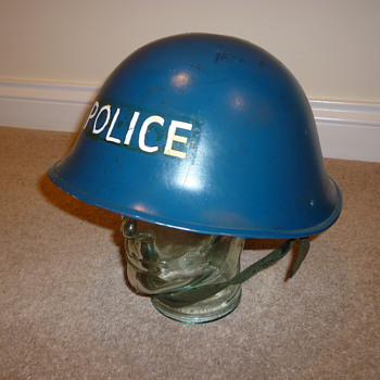 1950&#039;s - 1980&#039;s British Police steel helmet