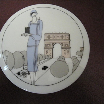 PORCELAINE D&#039; AUTEUIL - FRANCE - Art Pottery