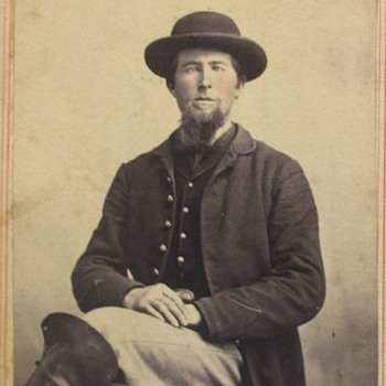 Civil War Solider possible glass eye??
