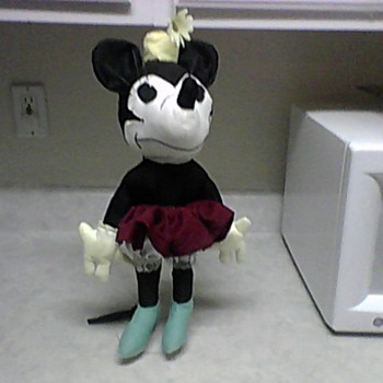 DAISY  HAT MINNIE RAG DOLL