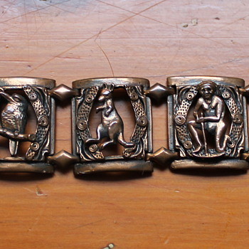 Australiana bracelet  - Costume Jewelry