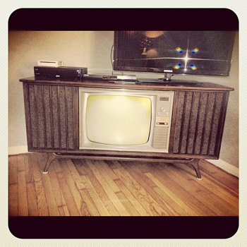 1966 RCA Victor Television