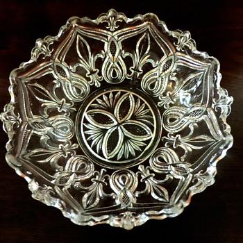 EAPG  Bryce, Higbee 1898-1906 Arched Fleur-de-Lis