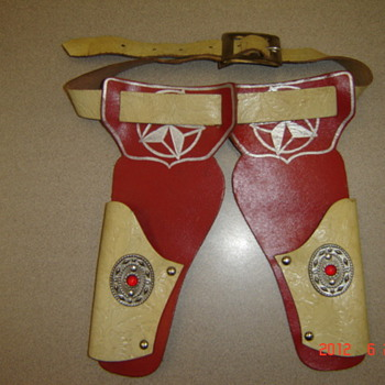 Vintage toy gun holsters - Toys