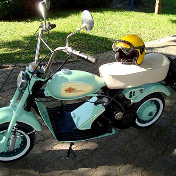 OLD SCOOTER