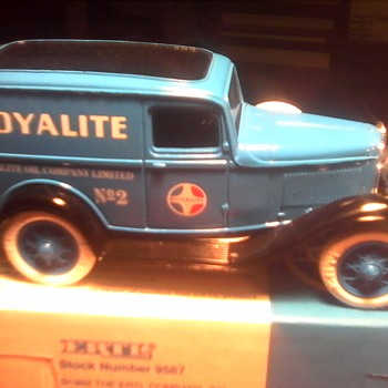 "1932 ""Royalite"" Ford Panel Truck Coin Bank - Model Cars"