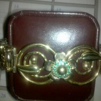 lisner bracelete  - Costume Jewelry