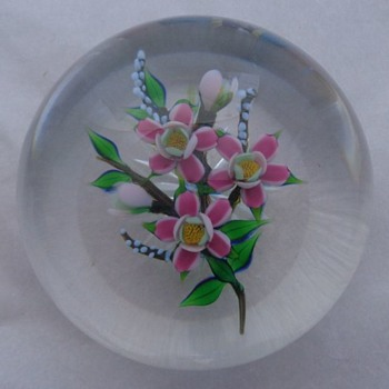Debbie Tarsitano Floral Bouquet Paperweight  - Art Glass