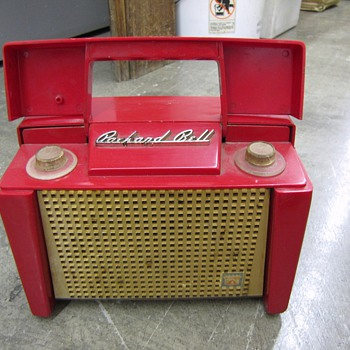 "Packard Bell ""portable"" radio - Radios"