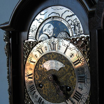 Mantel Clock (1780) silver engraved  (not built) by Thomas 'antiquity' Smith, London.  With  gold & silver ornaments. - Clocks