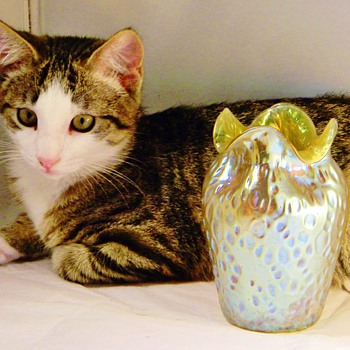 "Loetz Candia Silberis Diaspora Vase Ruffled Rim Vase 1902? ""Loetz"" Kitty"