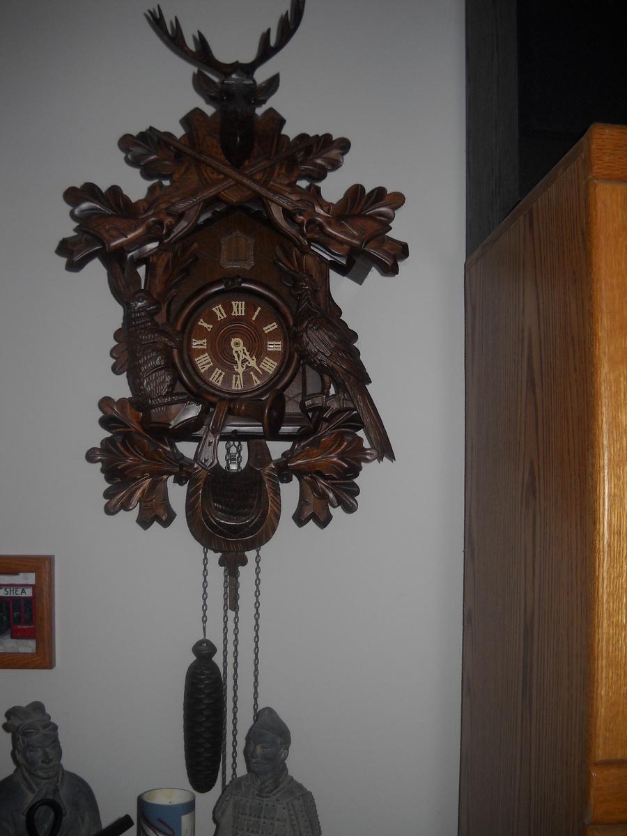 German cuckoo clock collectors weekly - Motorcycle cuckoo clock ...
