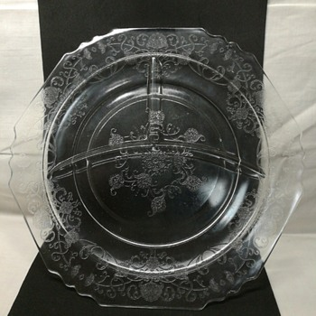 Hazel Atlas Florentine #1 depression glass grill plate - Glassware