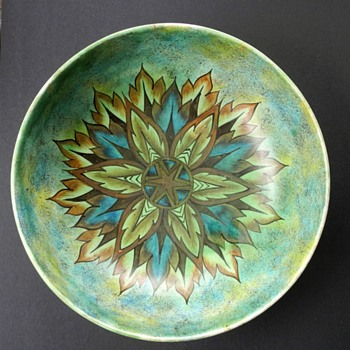 "Clews Chameleon Bowl 12"" - Pottery"