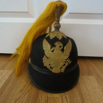 military hat  with brass plume holder & badge buttons