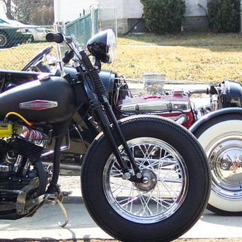Ford T Bucket & 45 flathead - Motorcycles