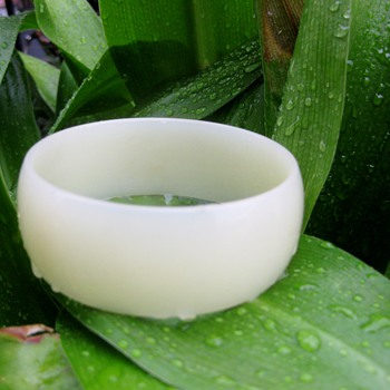 Translucent white lucite bangle from West Germany - Costume Jewelry