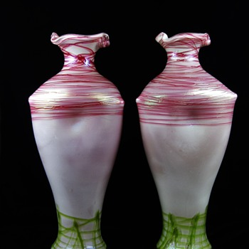 Monumental Pallme Konig & Habel vases Pink / Green threading