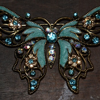 Nina Ricci for Avon Butterfly Brooch - 1980s